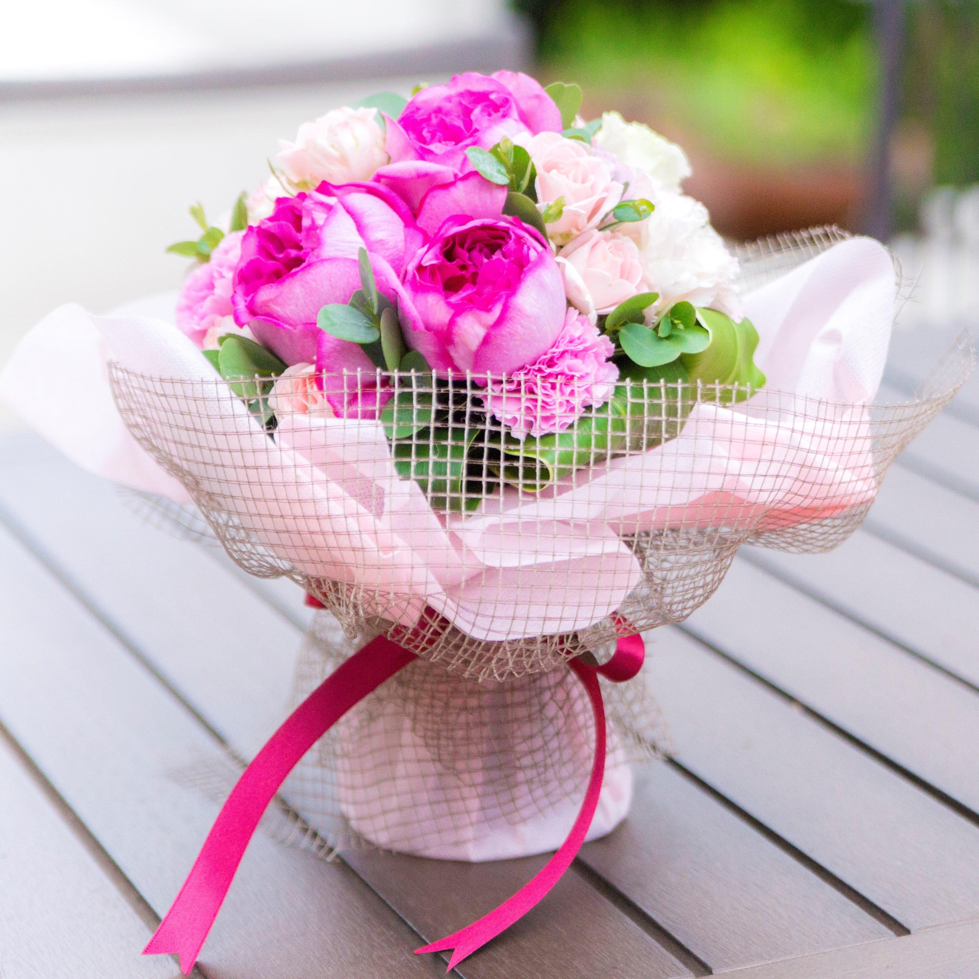 誕生日プレゼントにおすすめのよい香りの薔薇を使った花束