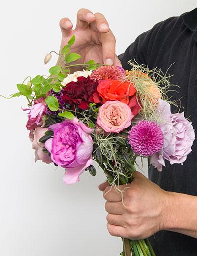 幹事さんの予算に合わせて100円単位でオーダーできる花束